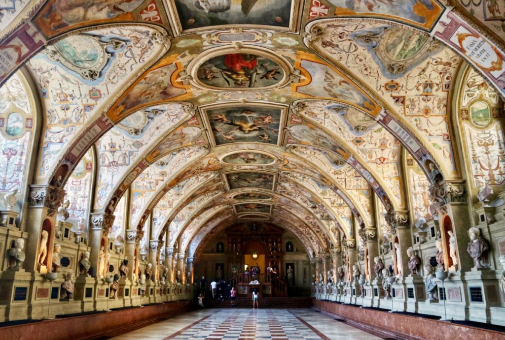 25 photos to inspire you to visit the Munich Residenz - Temples and  Treehouses